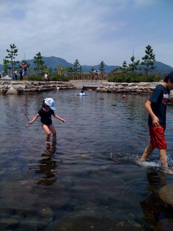 焼津港にできた親水公園です